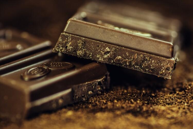È vero che il cioccolato fa bene all'umore?